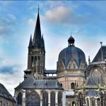 salah-satu-karya-arsitektur-di-Jerman-Aachen-Cathedral-Germany-Lembaga-Alumni-Eropa