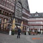 Staf-LAE-di- Frankfurt-sebagai salah-satu-tempat-tujuan-kuliah-di-luar-negeri