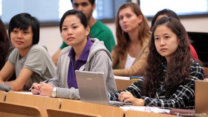 semakin-banyak-mahasiswa-asing-kuliah-di-jerman-biaya-sendiri-dibimbing-para-alumni-Jerman-di-lembaga-alumni-eropa