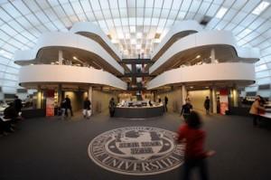 Lembaga-Alumni-Eropa-salah-satu-universitas-terbaik-di-Jerman-Freie-Universitat-Berlin