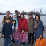 para-mahasiswa-Indonesia-di-jerman-ke-pasar-ikan-Hamburg-saat-kuliah-di-luar-negeri-setelah-lulus-sma-melalui-lembaga-alumni-eropa