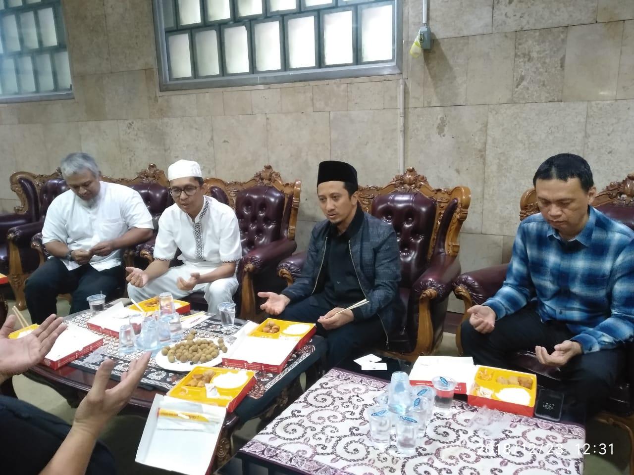 Pertemuan Ustadz Yusuf Mansyur dengan apara pengurus Lembaga Alumni Eropa (LAE) Jakarta